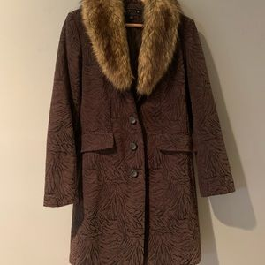 Giacca Chocolate Brown Coat with a Fur Collar